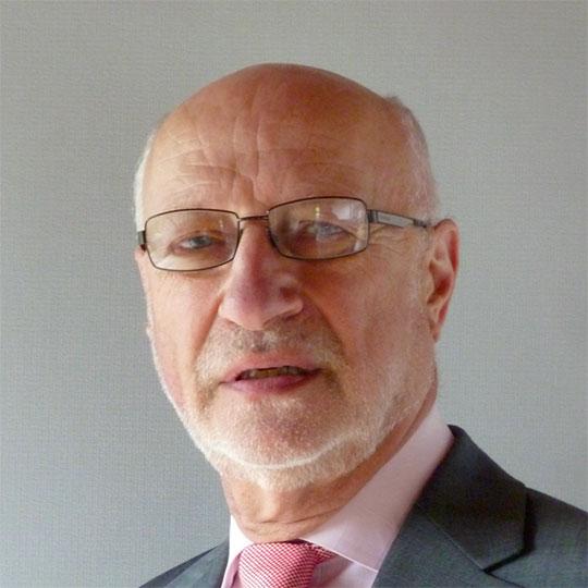 Professor Colin Garner PhD DSc FRCPath (Chief Executive)